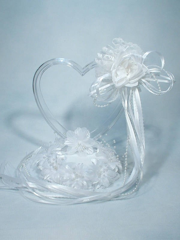 340 Clear Lucite Heart Ornament Base Weddings